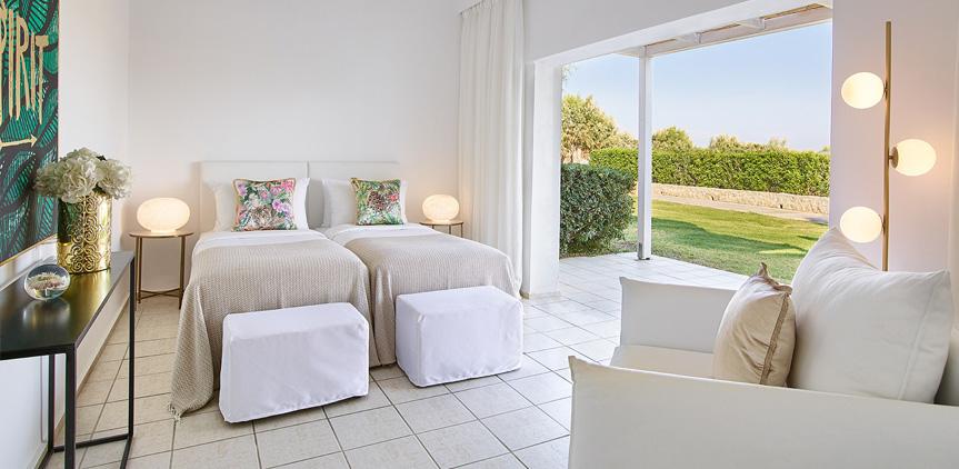 03-family-garden-view-bungalow-rhodos-royal