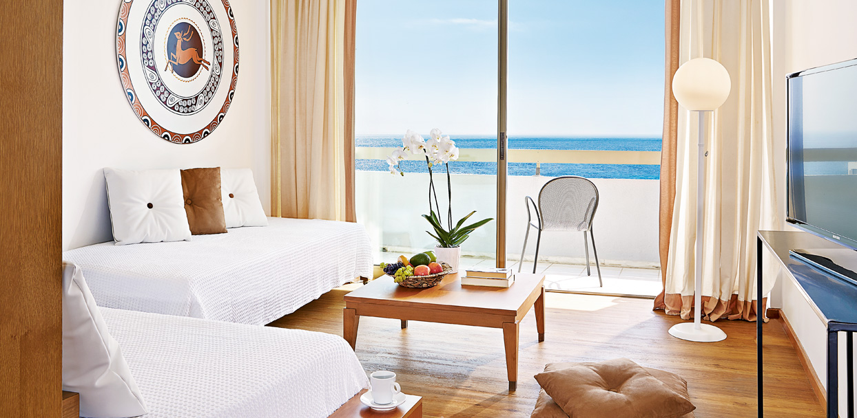 rhodos-royal-luxury-family-room-sea-view