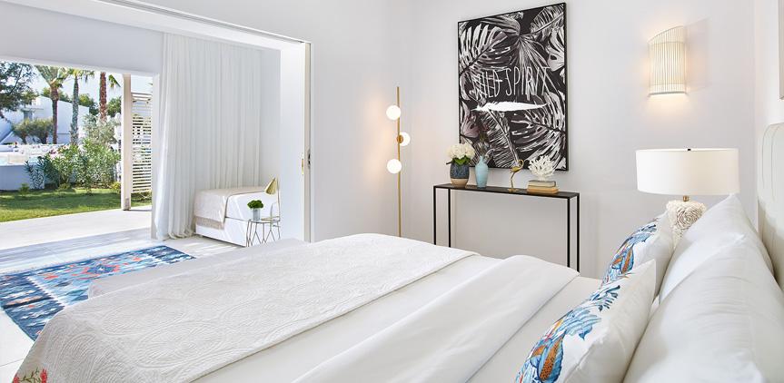02-poolside-luxury-bungalows-rhodos-royal-resort