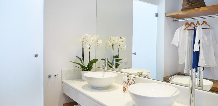 05-luxury-guestrooms-rhodos-royal-resort