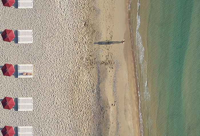 01-swimming-beach-resort-in-rhodos