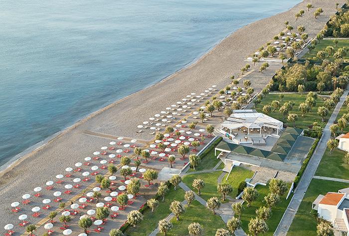 01b-swimming-beach-resort-in-rhodos