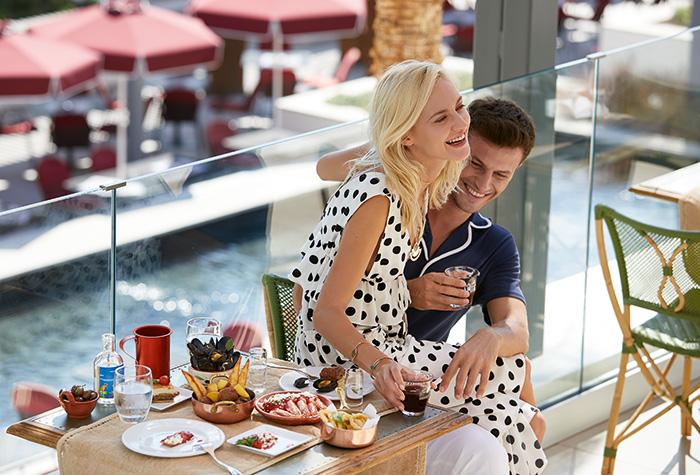 lux-me-rhodos-one-24-7-restaurant